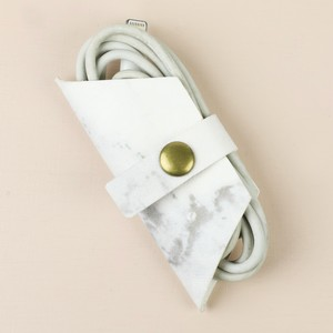 Marble Hexagon Wire Tidy