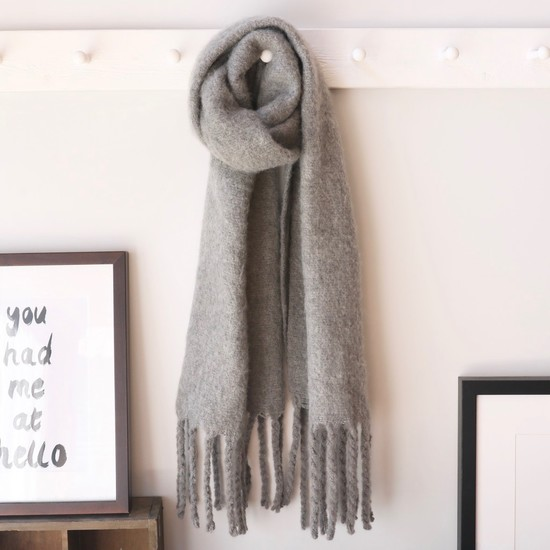 Grey Winter Tassel Scarf