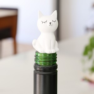 Seated Cat Bottle Stopper