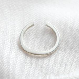 STS Circle earcuff