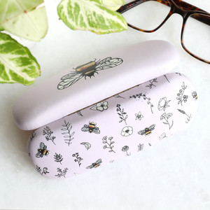 Rounded shape Bee glasses case
