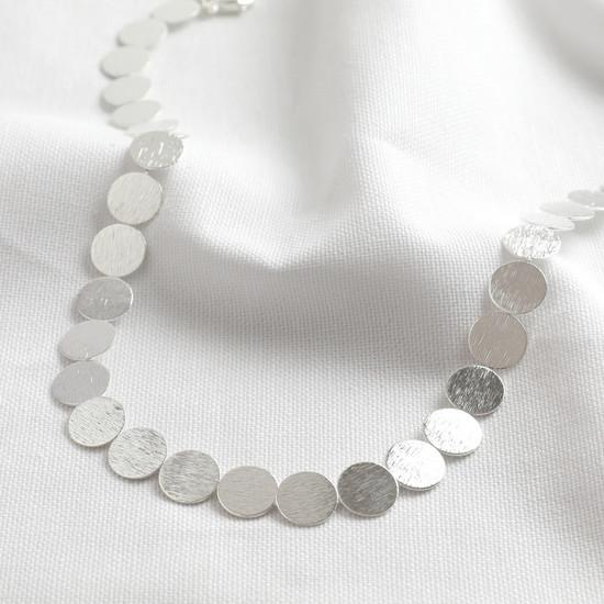 Brushed Large Disc Choker Necklace - Shiny Silver