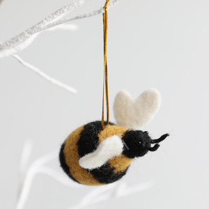 Felt Bee Hanging Dec