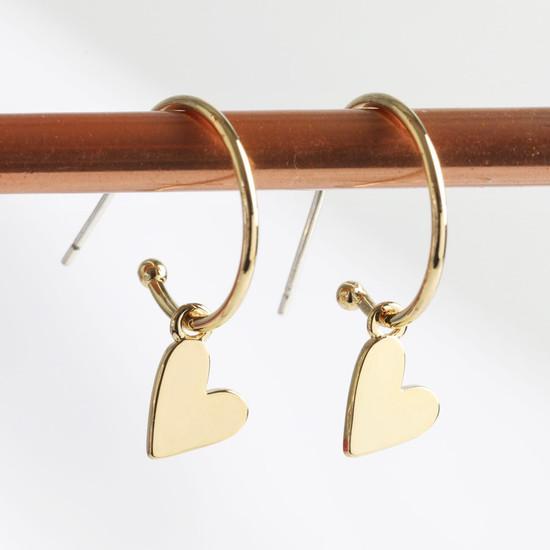 Falling Heart on Earring Hoop in gold plate