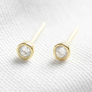 Gold plated sterling silver diamante round stud earring