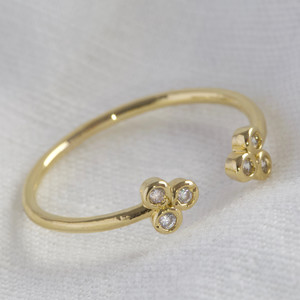 3 crystal cluster adjustable ring with gold plate