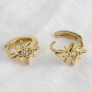 Christmas Star Huggie Earrings in Gold (925 base)