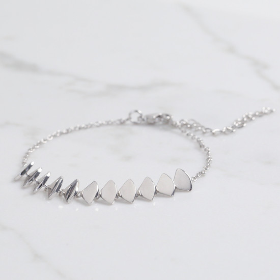 Silver triangle overlapping bracelet