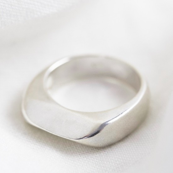 Sterling Silver Thick Geometric Ring - size medium