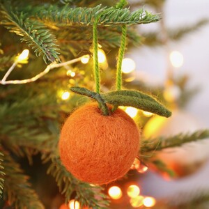 S/3 Felt Clementine Hanging Decs
