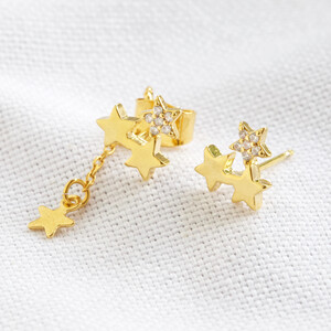 Star studs and chain Earrings in Gold