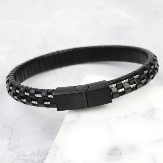 Men's Wire Black Leather Black clasp - Medium