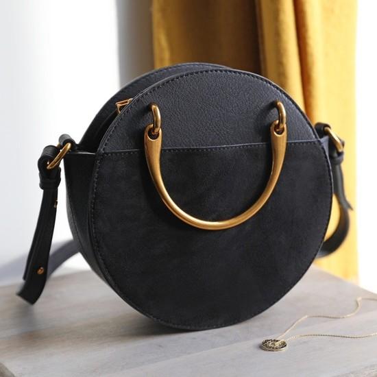 Round Brass Handle Shoulder Bag in Black