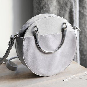 Round Silver Handle Shoulder Bag in Grey