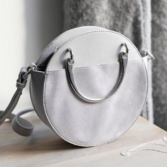 Round Silver Handle Shoulder Bag in Grey