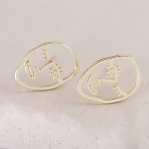 Small Winking Face Stud Earrings in Gold
