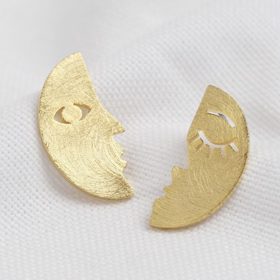 Small gold brushed 2 part face earrings