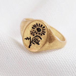 Gold Flower oval ring
