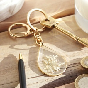 Gold Resin Real Flower Keyring