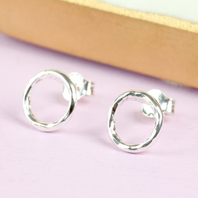 sterling-silver-hammered-circle-stud-earrings-O21A3072
